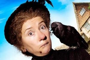 """A famosa babá dos filmes americanos """"Nanny Mcphee"""", famosa por sua verruga no queixo"""